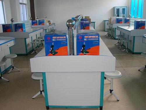第六代财会模拟实验室(钢木结构)