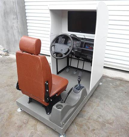 【JD/M103】汽车驾驶模拟器