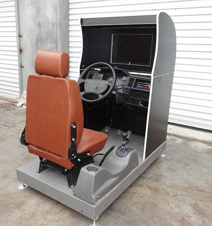 新品JD/M104汽车驾驶模拟器