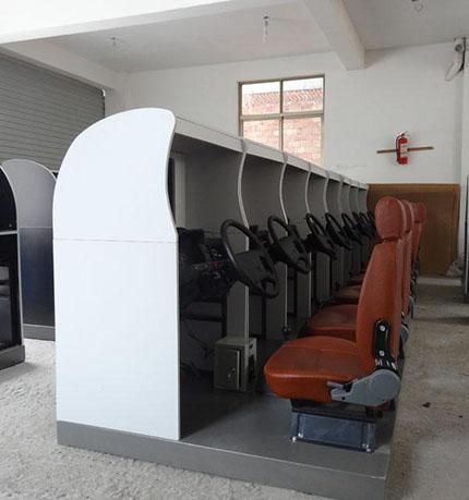 新品JD/M1013汽车驾驶模拟器